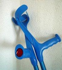 niebieskie kule ortopedyczne